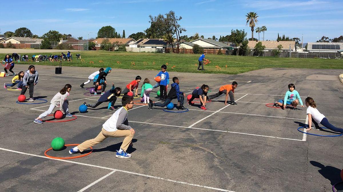 Fitness blog--kids exercising