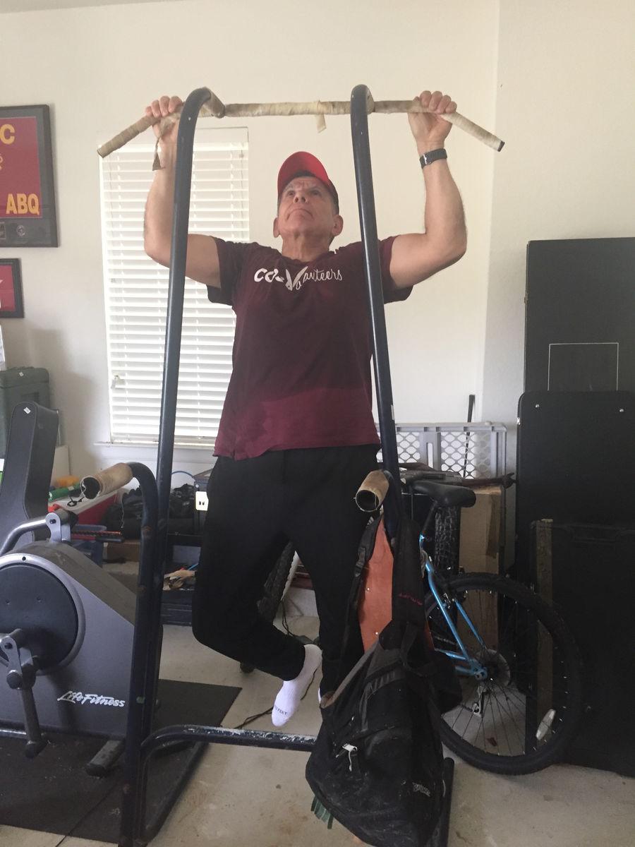Fitness blog--MG Juan Ayala pull ups