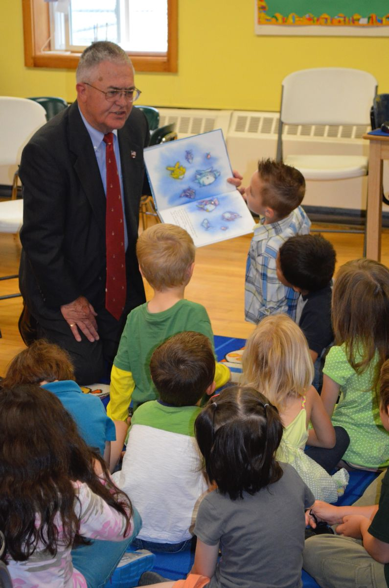 Mission: Readiness member Major General (Ret.) Earl Adams, U.S. Army, and former Maine Adjutant General reads to PreK students in Bangor.