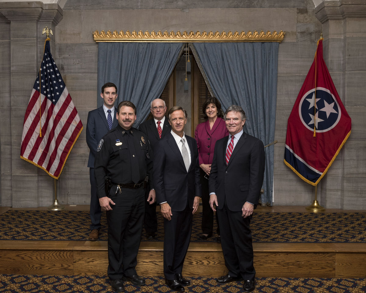 Tennessee Governor Haslam CSA Group Photo