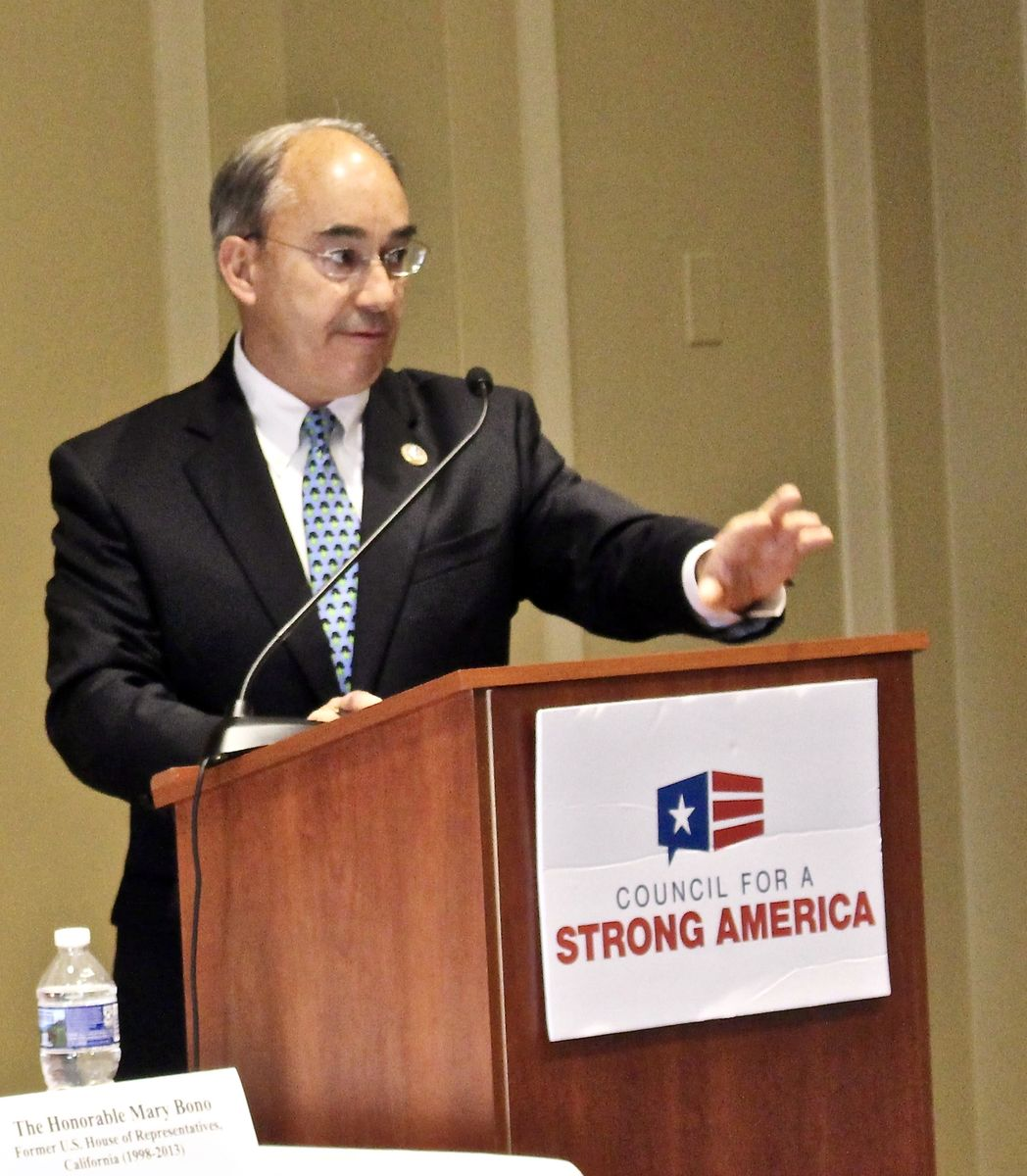 Rep. Bruce Poliquin (R-ME) speaks about how opioids have impacted his home state