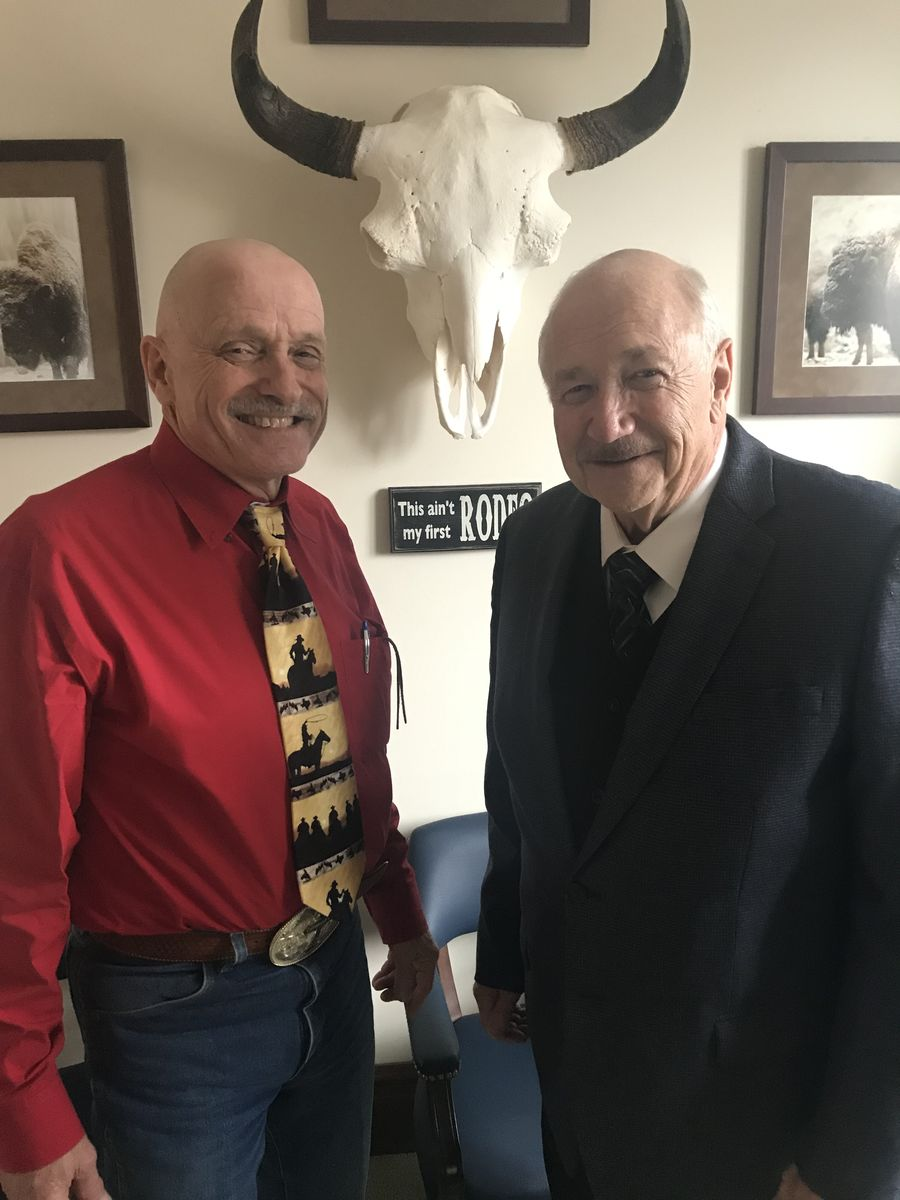 Washington State Representative meets with ReadyNation member Mike Edwards to discuss the economic importance of quality preschool and afterschool programs.