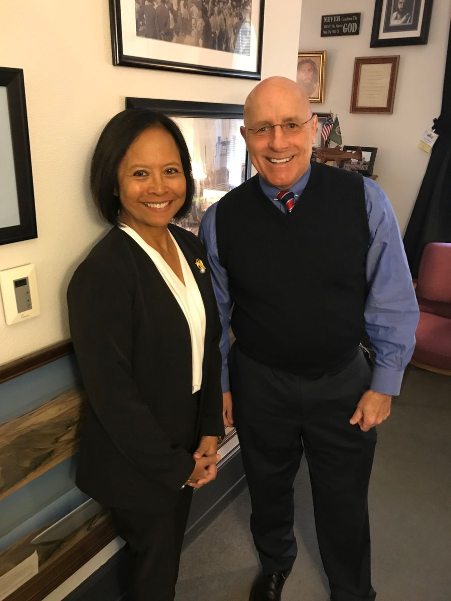 Rear Admiral (Ret.) Eleanor Valentin met with Washington State Rep. Brad Klippert to discuss the importance of investments in #ECEAP and expanded learning opportunities and to thank him for his service in the National Guard and law enforcement.
