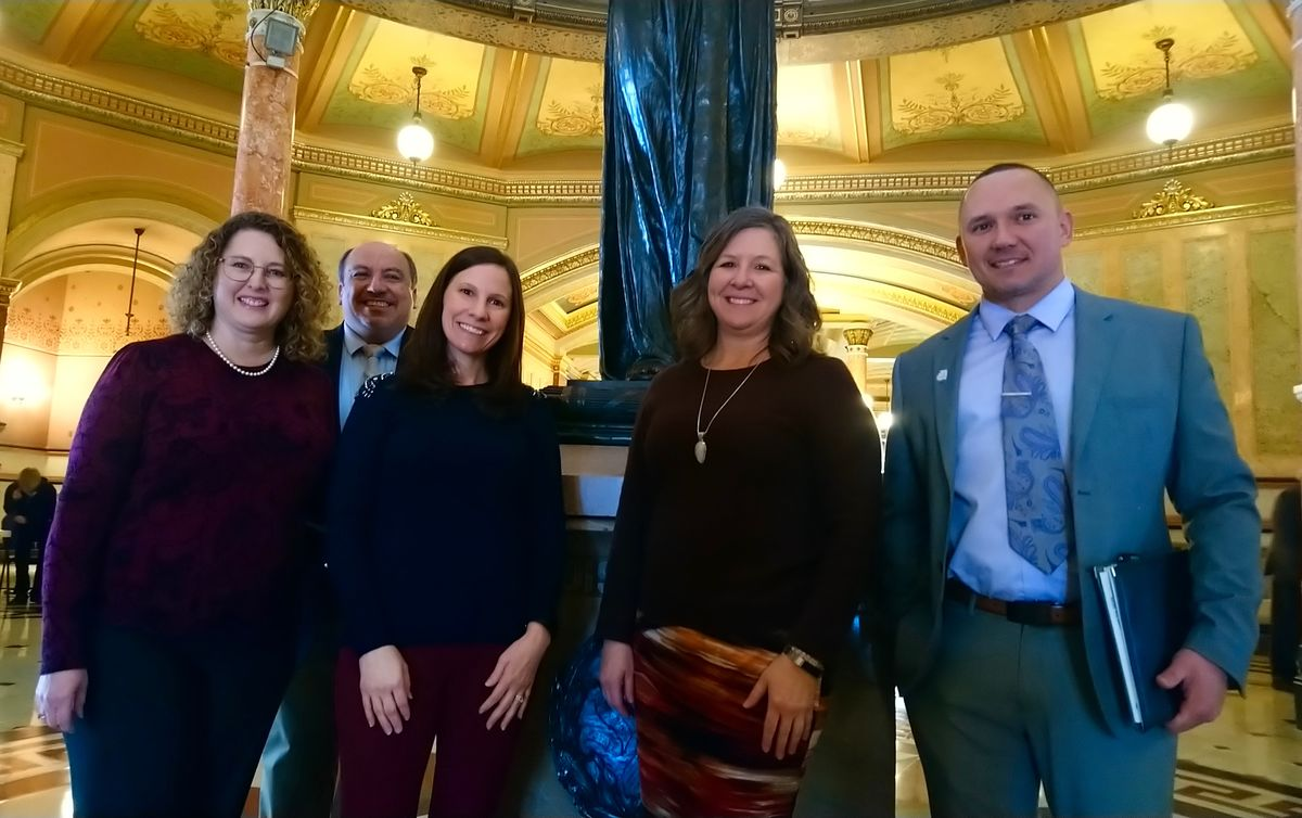 ReadyNation Illinois members Lisa Weitzel, Rudy Valdez, Nancie Zobrist, Janet Mathis, and Jason Powell at the Illinois State Capitol in Springfield