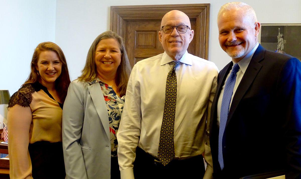 ReadyNation Illinois members with State Representative Greg Harris