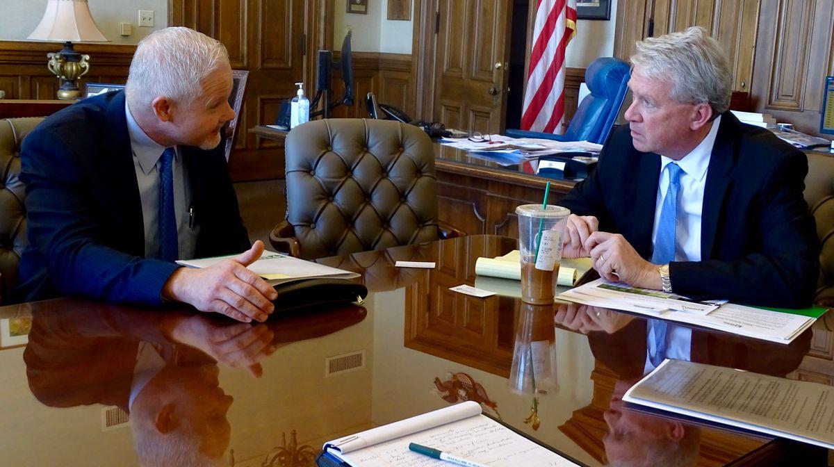ReadyNation Illinois member Kieth Krutz with House Republican Leader Jim Durkin.