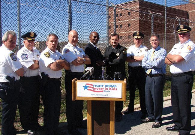 Fight Crime Illinois members in action