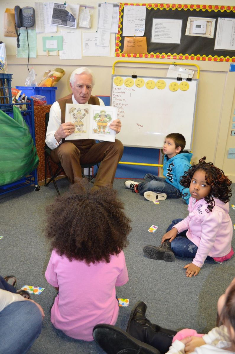 Dana Connors with pre-K students