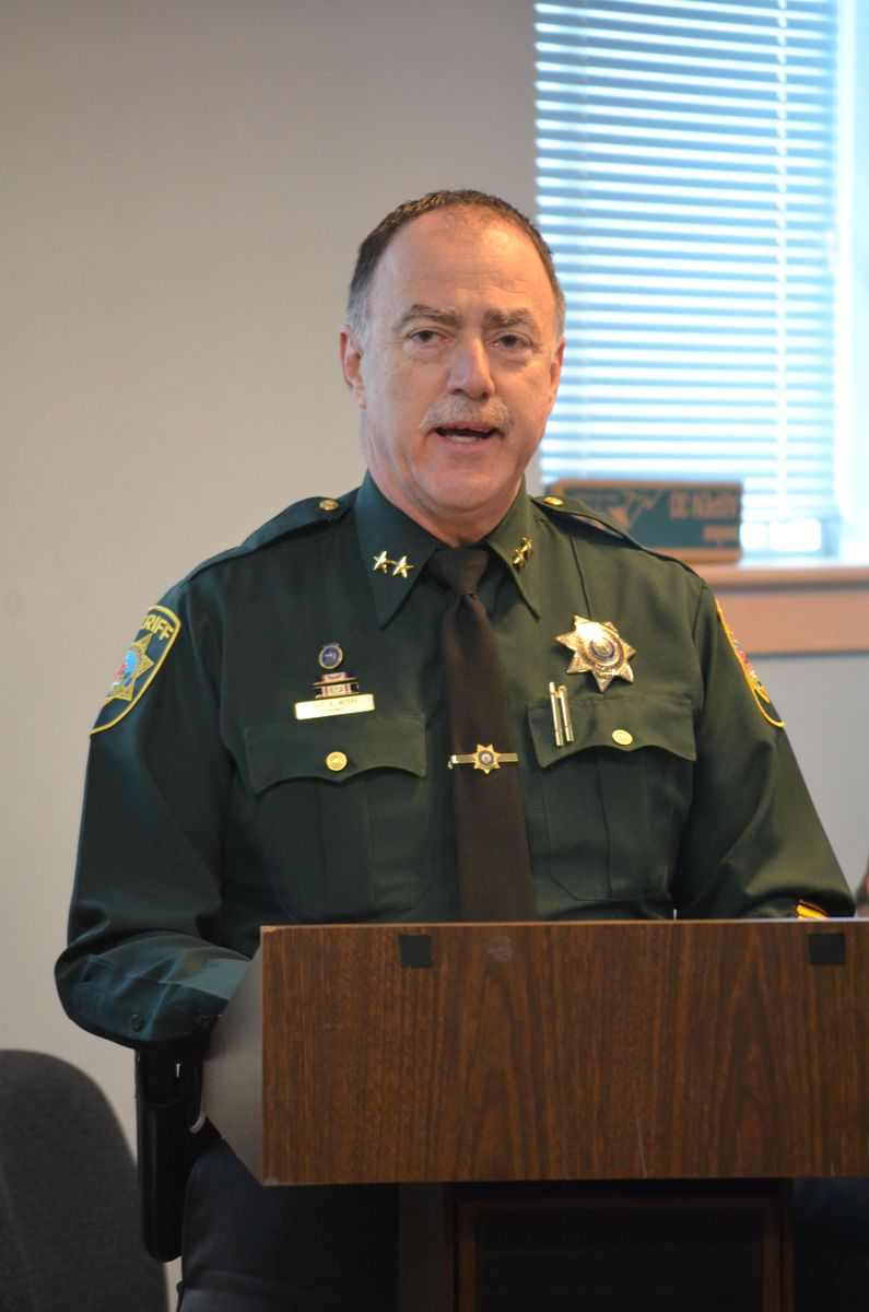 February 23, 2016: Sagadahoc County Sheriff Joel Merry, who is also a member of the Right from the Start Coalition, speaking to legislators at a Maine Children's Caucus meeting